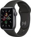 """Apple Watch SE 44 мм Корпус из алюминия цвета """"Серый космос"""", спортивный ремешок черного цвета"""